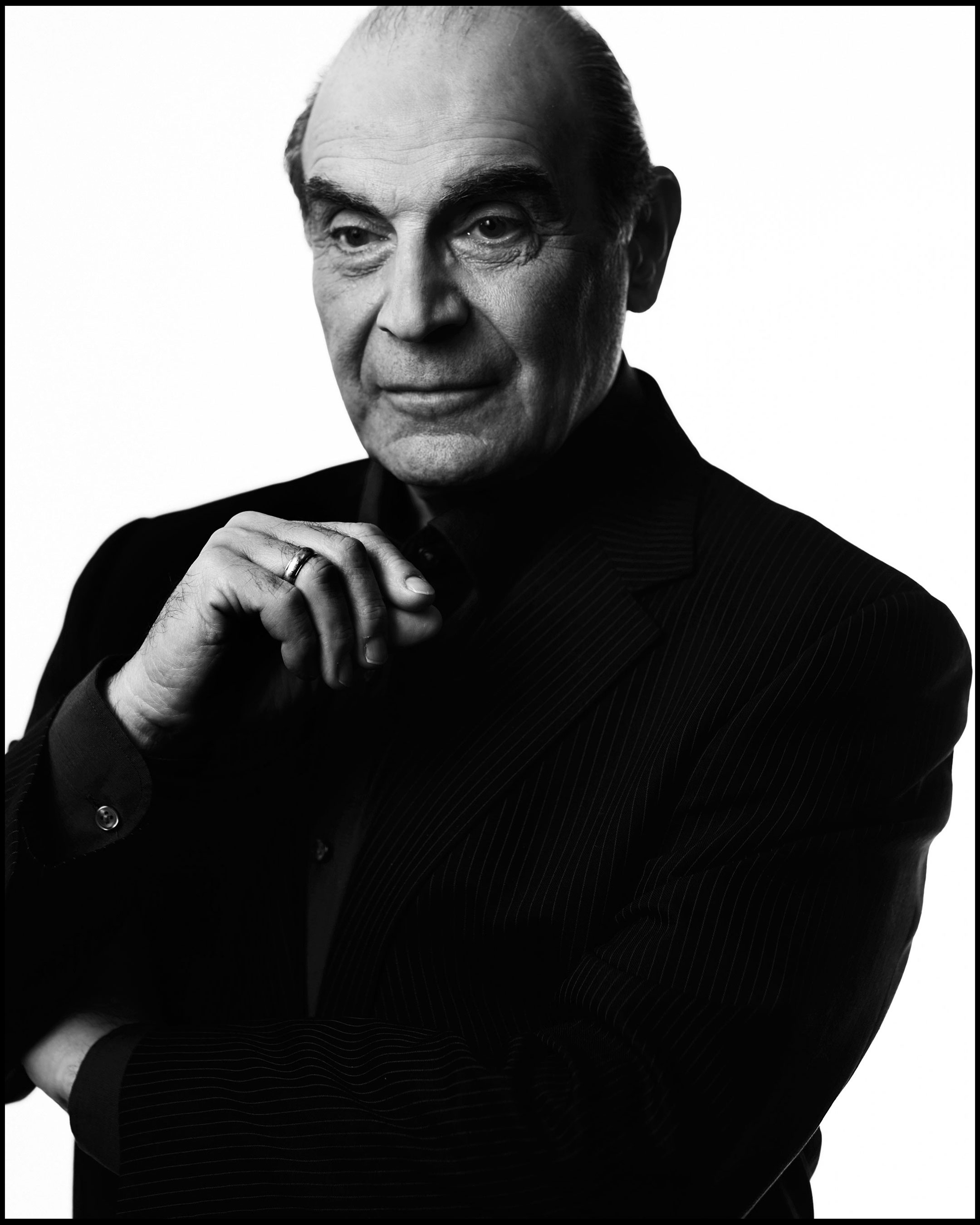 David-Suchet_crop_bw_R-0302.flip
